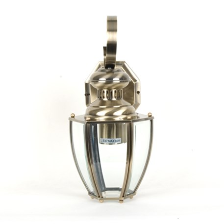 Vooraanzicht wandlamp Norma met messing armatuur en helder / doorzichtig glas