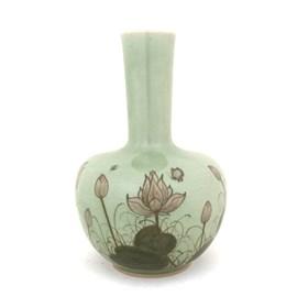 Vaas Manchu Lotus