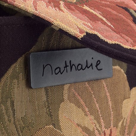 Detail label tas Design Nathalie