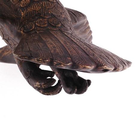 Detail Sculptuur Zwevende Uil